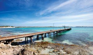Vivonne Bay, Kangaroo Island. Photo: Julie Fletcher